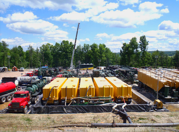 hydrofracking-water-quality-drill-pad.jpg