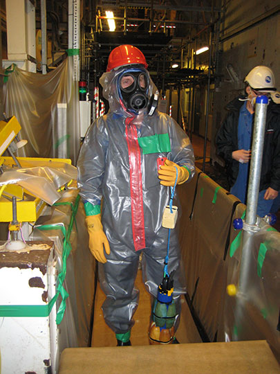Sellafield-Guy-in-Suit-with-EXO-Sonde.jpg