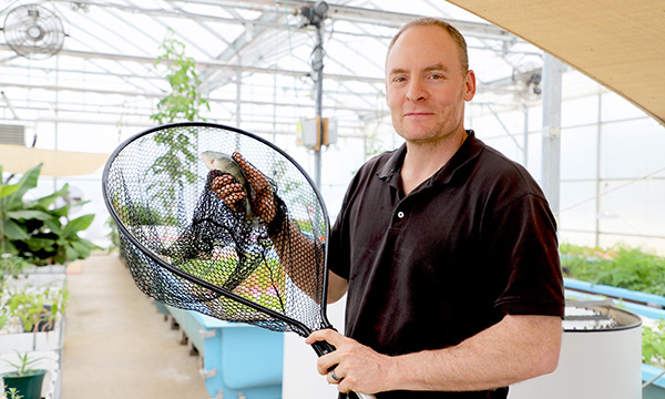 Hydroponics Facility Uses YSI Meters to Prevent Loss