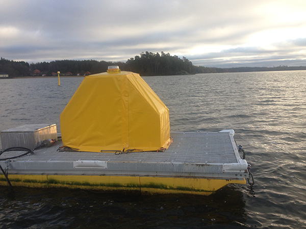 Floating Platforms for Water Quality Monitoring   YSI