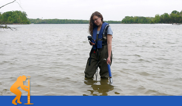 Water quality monitoring sonde in a river