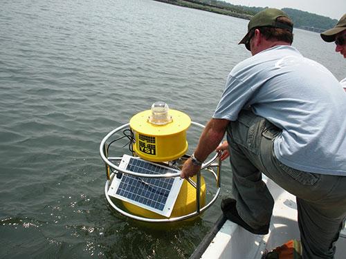 Mount-Hope-Bay-buoy-lowered.jpg